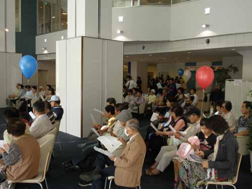 院長カメラファイル三原2010年9月26日フェスティバル観客